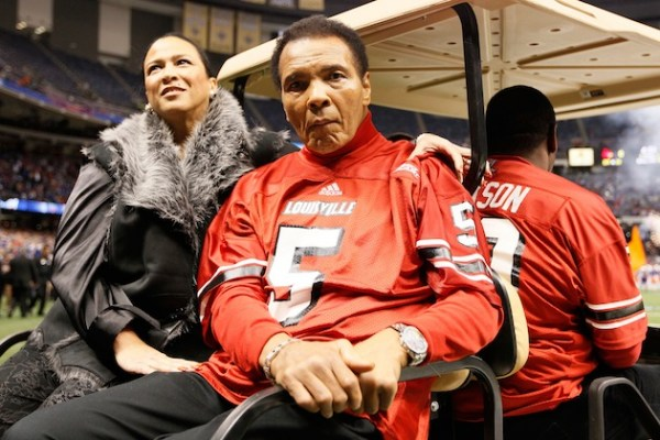 Muhammad Ali souhaite voir Mayweather affronter Pacquiao